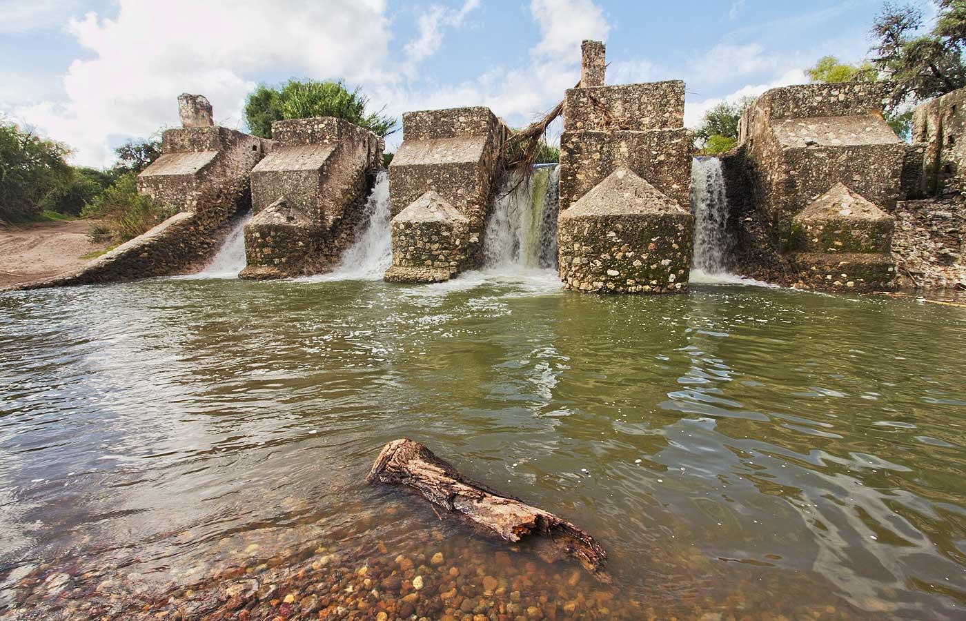 Los pueblos y comunidades indígenas son los mexicanos más vulnerados en el derecho y acceso al agua. (Guanajuato)